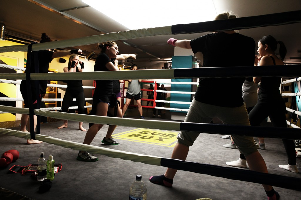 Bitch Boxing – Claws in… gloves on!
