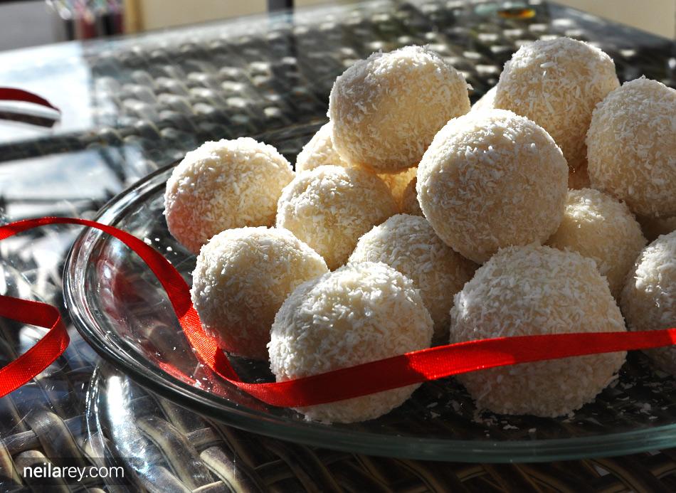 protein-coconut-snowballs-00