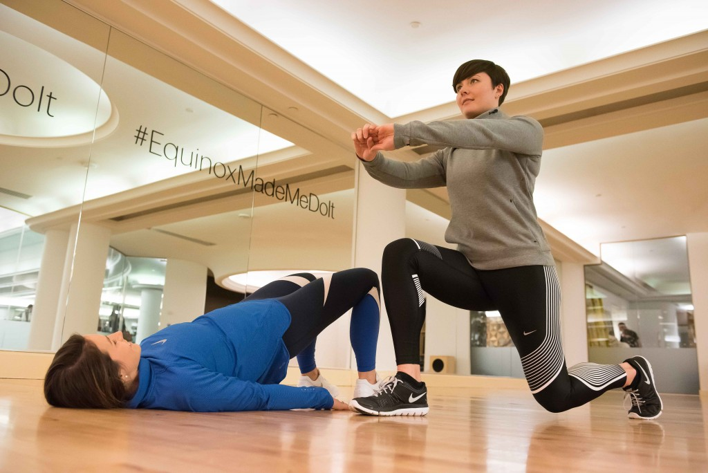 Partner Exercises - Workout With a Friend - Glute Bridge and Lunges